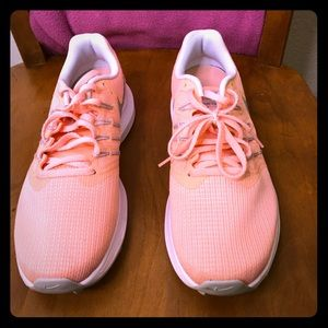 Women's Nike Swift Running Shoes